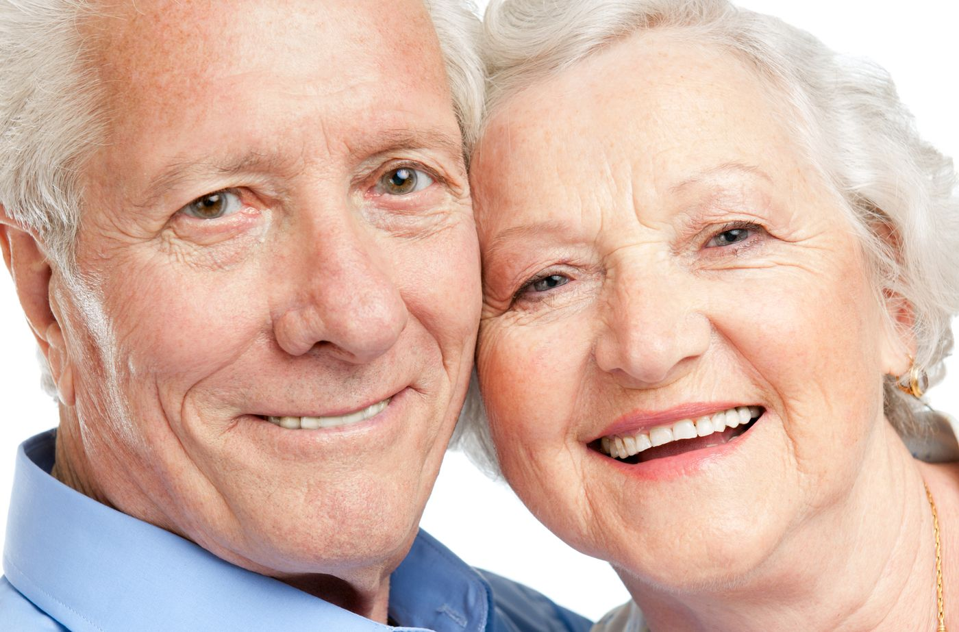 8 Common Dentures Myths